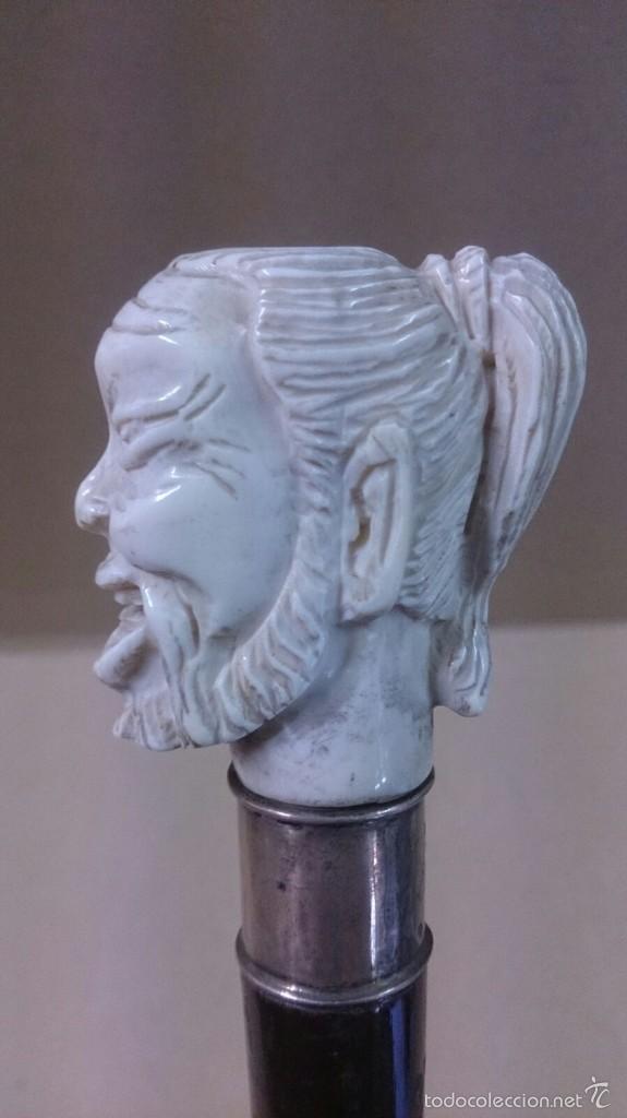 BASTON EN MARFIL Y PLATA, CON CARA DE HOMBRE SABIO SONRIENTE (Antigüedades - Moda - Bastones Antiguos)