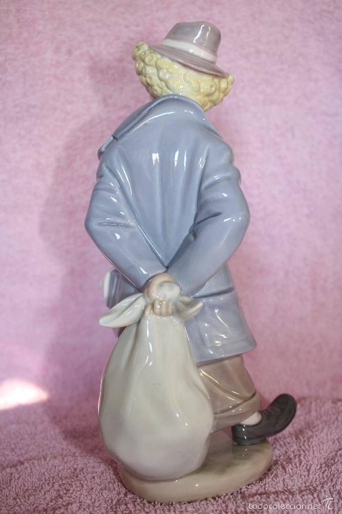 Antigüedades: Figura porcelana de sociedad de coleccionistas de Lladro ..PAYASITO CONTEMPLATIVO - Foto 3 - 60794415