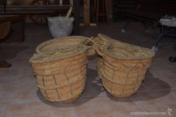AGUADERA DE ESPARTO (Antigüedades - Técnicas - Rústicas - Agricultura)