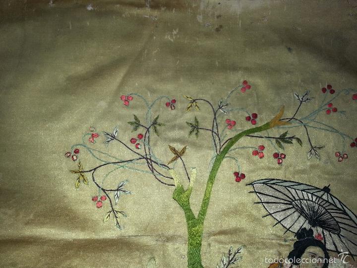 Antigüedades: MUY ANTIGUO COJIN BORDADO A MANO Y PINTADO OLEO FILIPINO CHINO ORIENTAL JAPONES MANTON MANILA ? - Foto 8 - 60797463
