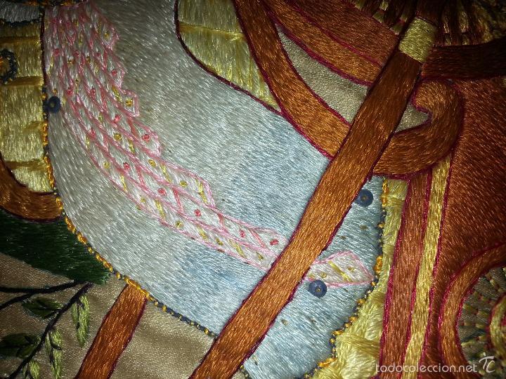 Antigüedades: MUY ANTIGUO COJIN BORDADO A MANO Y PINTADO OLEO FILIPINO CHINO ORIENTAL JAPONES MANTON MANILA ? - Foto 9 - 60797463