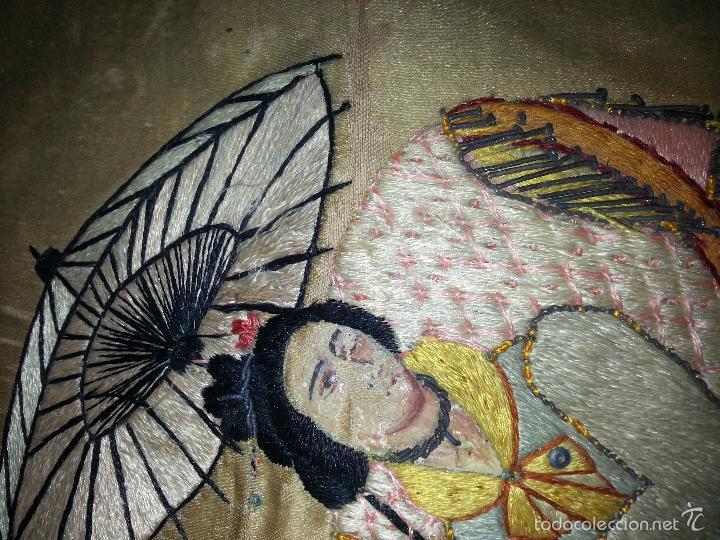 Antigüedades: MUY ANTIGUO COJIN BORDADO A MANO Y PINTADO OLEO FILIPINO CHINO ORIENTAL JAPONES MANTON MANILA ? - Foto 10 - 60797463