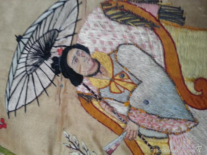 Antigüedades: MUY ANTIGUO COJIN BORDADO A MANO Y PINTADO OLEO FILIPINO CHINO ORIENTAL JAPONES MANTON MANILA ? - Foto 13 - 60797463