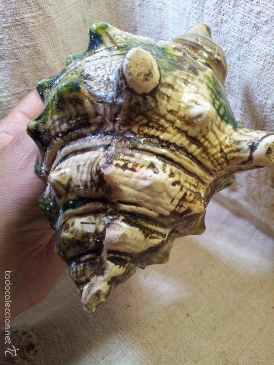 Antigüedades: Original tetera de porcelana, decorada y esmaltada, figurando una concha de caracola, AÑOS 50 JAPON. - Foto 2 - 60797791