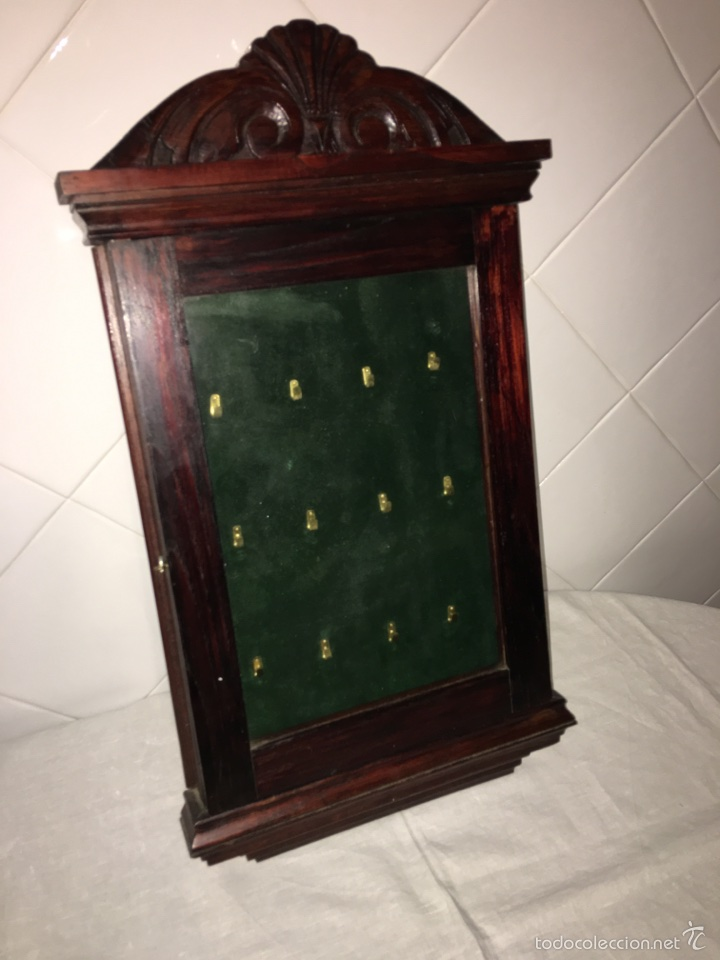 Vitrina en madera de casta o para colgar reloje comprar - Vitrinas para colgar ...