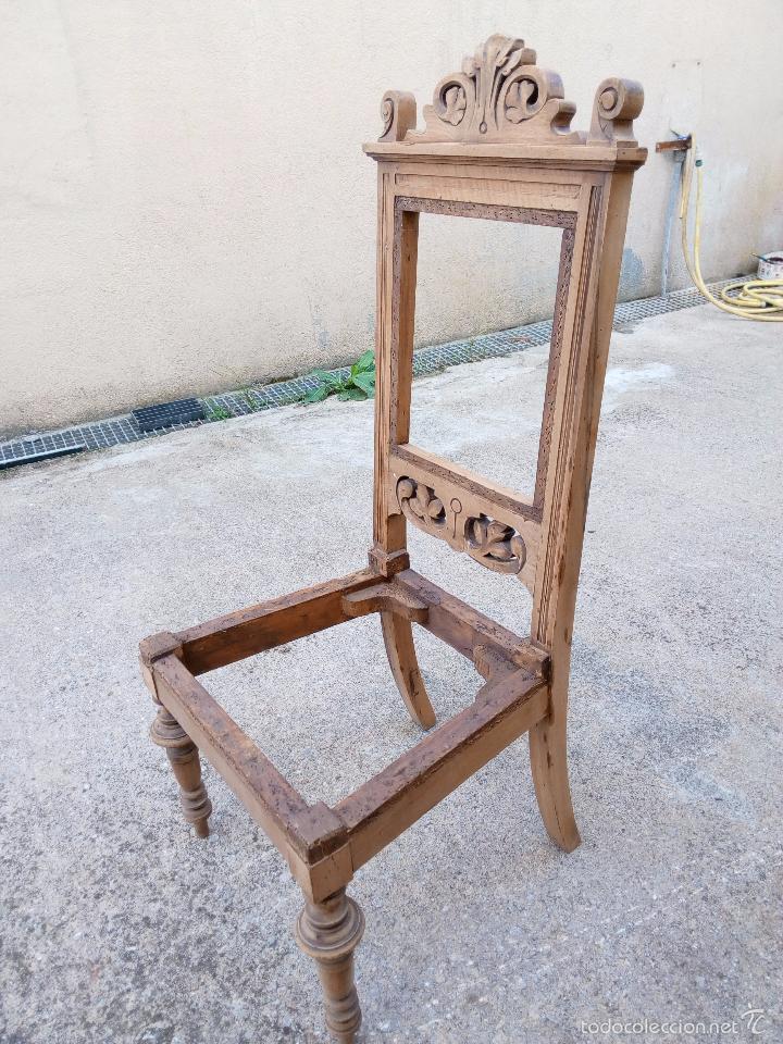 Cuatro sillas modernistas en madera de nogal r comprar for Muebles modernistas