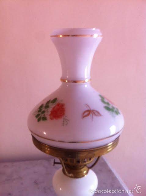 Antigüedades: Antiguo quinque cristal opalina blanco con dibujos y dorados a mano, años 20 - Foto 2 - 61007199
