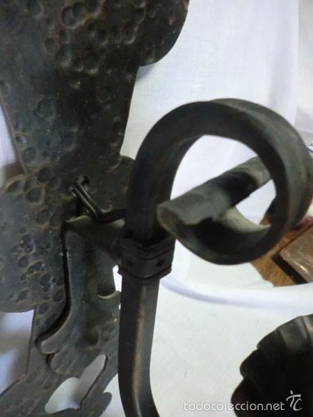 Antigüedades: ANTIGUO APLIQUE DE HIERRO FORJADO ELECTRIFICADO - Foto 7 - 61013395
