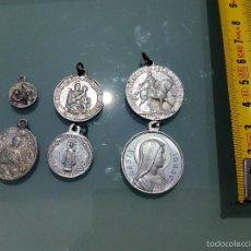 Antigüedades: LOTE DE 5 MEDALLAS RELIGIOSAS ANTIGUAS DE ALUMINIO. Lote 61111647