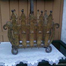 Antigüedades: REVISTERO DE HIERRO. Lote 61149899