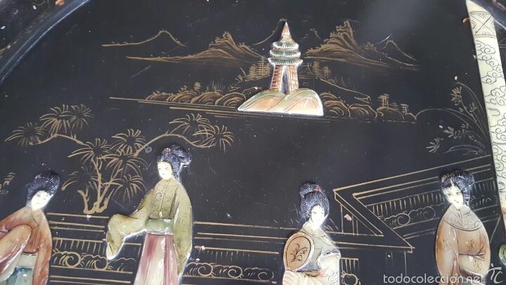 Antigüedades: Antigua mesa baja, china, redonda con incrustaciones. PRECIO 650€ - Foto 12 - 61196345
