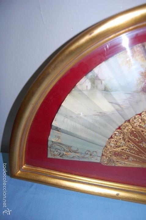 Antigüedades: ABANICO DEL SIGLO XIX EN ABANIQUERA MADERA - Foto 3 - 61318207