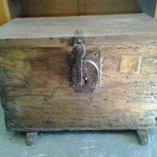 Antigüedades: ARCA PORTUGUESA SIGLO XVIII. Lote 61336919