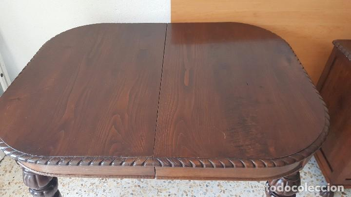 Antigüedades: Mesa de comedor en madera de roble con talla en las patas. Extensible. - Foto 3 - 61385967