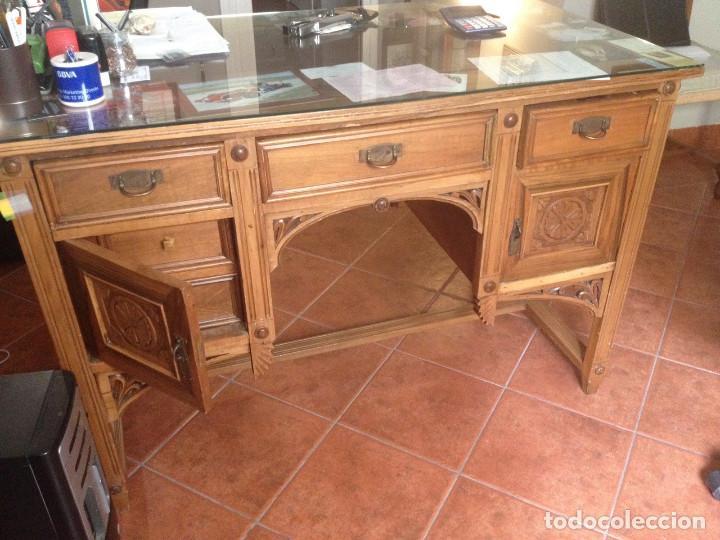 Antigüedades: Mesa de despacho Antigua tallada - Foto 3 - 61392059