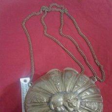 Antigüedades: BOLSO ANTIGUO DE LATON DORADO. Lote 61467625