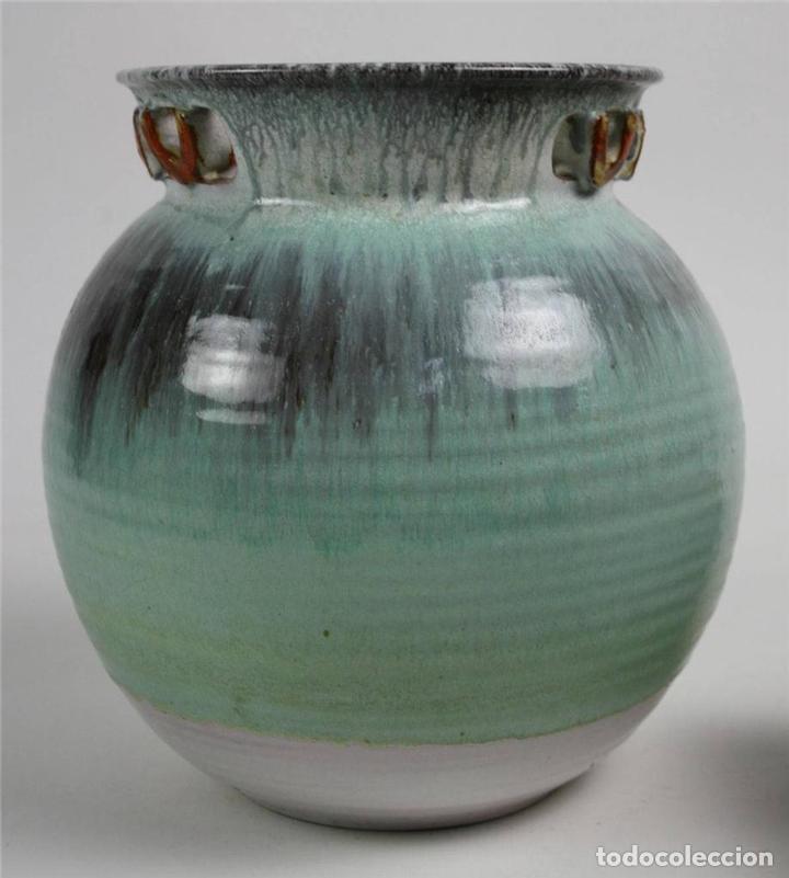 JARRÓN ART DECO. LOZA ESMALTADA VERDE. KARLSRUHE 4172A. ALEMANIA. 1930-1940 (Antigüedades - Porcelana y Cerámica - Alemana - Meissen)