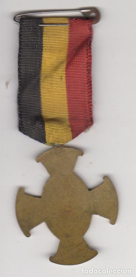 Antigüedades: cruz esmaltada peregrinacion nacional de bruselas - pelegrinage national de bruxelles - ave gratia - Foto 2 - 61633320