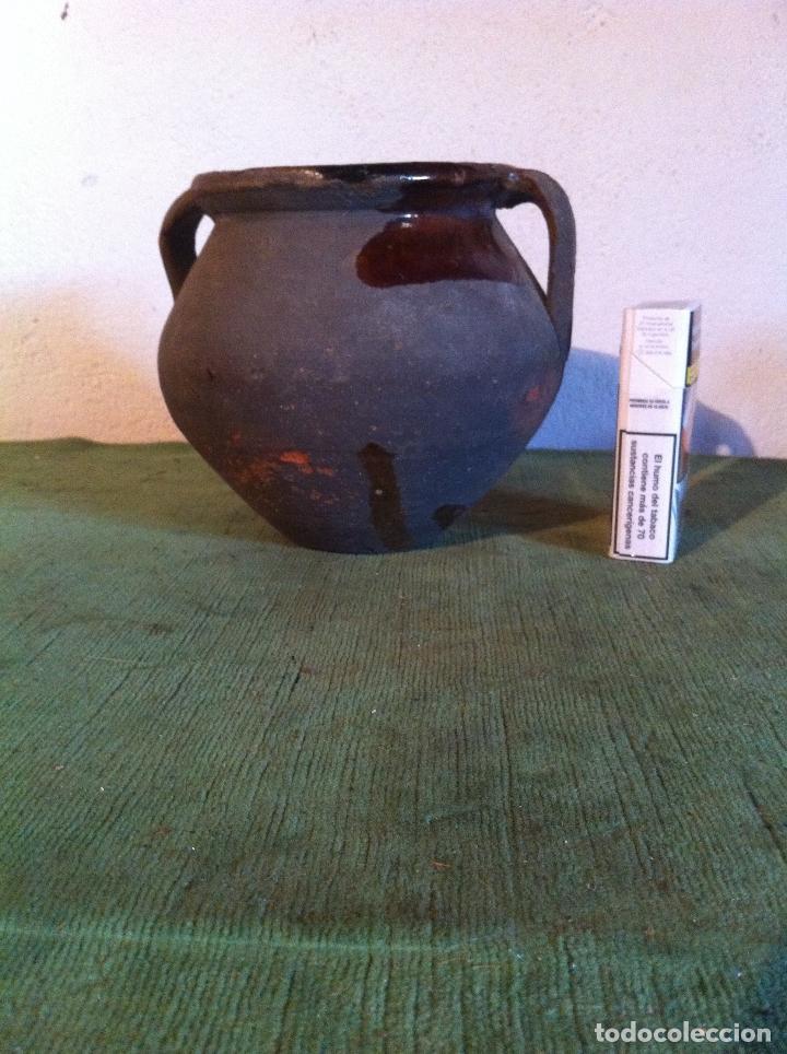 PUCHERO U OLLA PEQUEÑA PARA GUARDAR LA SAL DE LAS MATANZAS (Antigüedades - Porcelanas y Cerámicas - Otras)