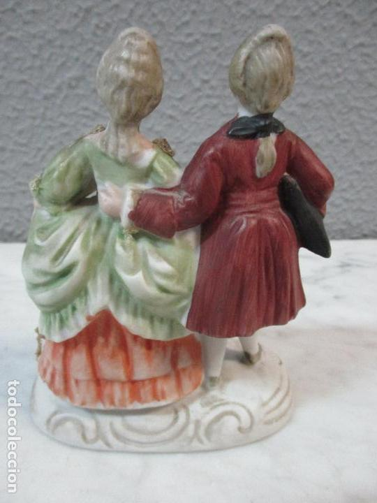 Antigüedades: Bonita Figura Antigua - Isabelina - Porcelana de Biscuit, Policromada - Pareja Romantica - S. XIX - Foto 7 - 61871200