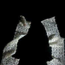 Antigüedades: REF 2561 ANTIGUO ENCAJE MALTÉS MANUAL. CUELLO MIDE BAJO 40 CM LATERALES 57 CM Y ANCHOS 9 CM. Lote 61956876