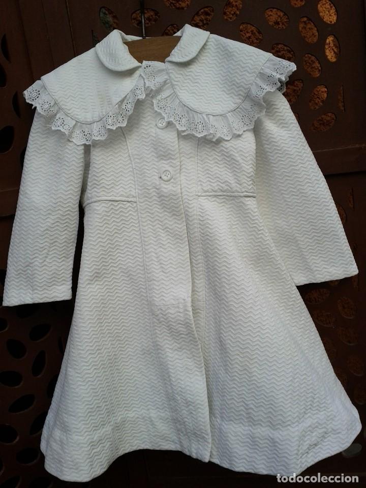 ABRIGO DE NIÑA EN PIQUÉ, HACIA 1940 50 (Antigüedades - Moda y Complementos - Infantil)