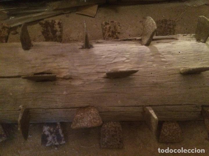 Antigüedades: Antiguo cilindro / corró catalan de madera y hierro para aplastar el trigo en la hera años 20-30 - Foto 3 - 62027660