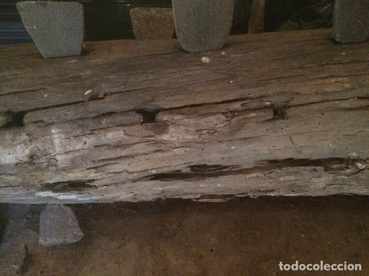 Antigüedades: Antiguo cilindro / corró catalan de madera y hierro para aplastar el trigo en la hera años 20-30 - Foto 7 - 62027660