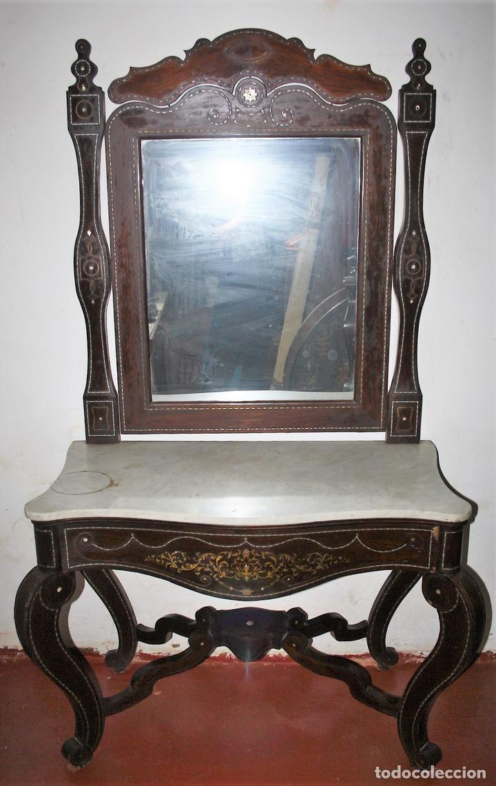 CONJUNTO DE CONSOLA Y ESPEJO ESTILO ISABELINO EN MADERA DE CHICARANDA. SIGLO XIX. (Antigüedades - Muebles Antiguos - Consolas Antiguas)