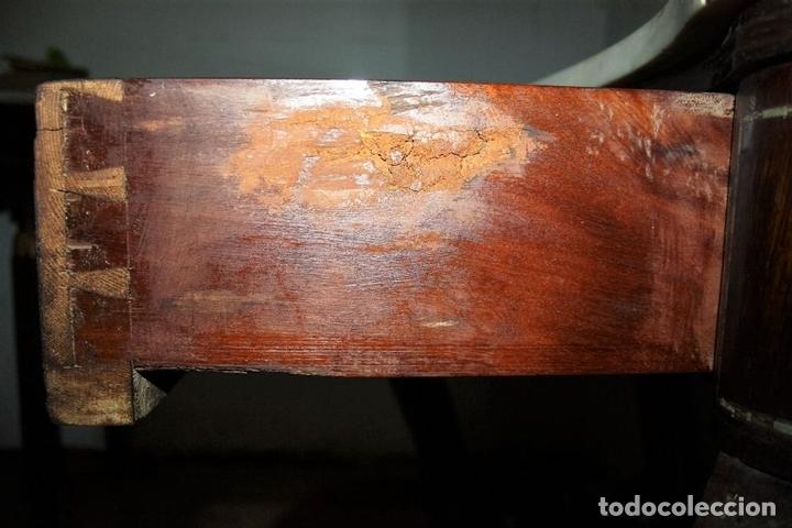 Antigüedades: CONJUNTO DE CONSOLA Y ESPEJO ESTILO ISABELINO EN MADERA DE CHICARANDA. SIGLO XIX. - Foto 17 - 62271428