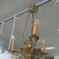 Antigüedades: ANTIGUA LÁMPARA DE TECHO - VOTIVA - QUINQUE - BRONCE Y LATÓN CINCELADO - 3 LUCES - FUNCIONA - S.XIX. Lote 62371476