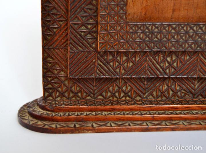 Antigüedades: ANTIGUO MARCO DE MADERA TALLADA * LA SABROSA * HABANA - Foto 3 - 62387452