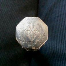 Antigüedades: VARA BASTÓN BÁCULO O CETRO ALCALDE VIC VICH, MADERA CHICARANDA ACABADOS EN PLATA. MED. 19 CM. Lote 62411124