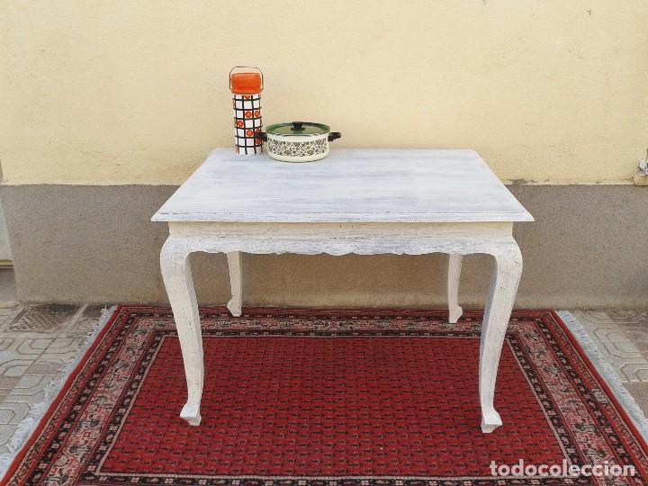 Mesa antigua retro vintage blanco roto, mesa es - Verkauft ...