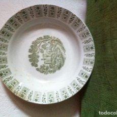 Antigüedades: BONITO PLATO ANTIGUO HONDO PICKMAN DE LA CARTUJA DE SEVILLA EN TONO VERDOSO. Lote 62435068