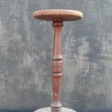 Antigüedades: TABURETE DE MADERA. MUEBLE AUXILIAR.. Lote 62454780