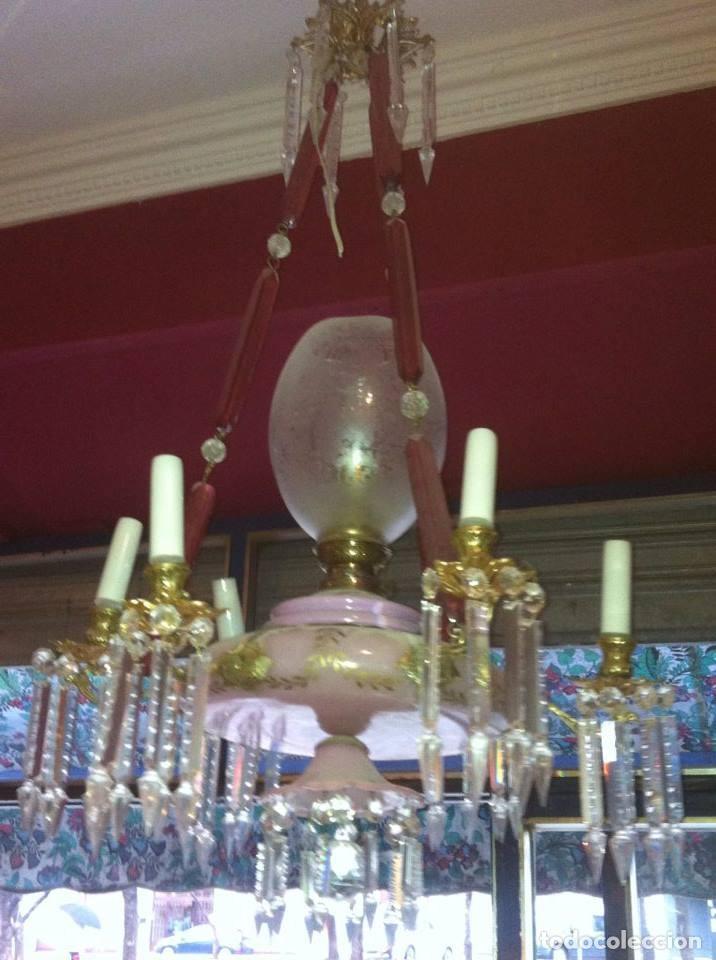 Antigüedades: Lámpara de techo Isabelina en opalina rosa - Foto 2 - 62469140