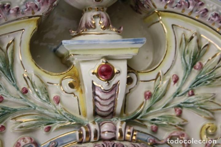 Antigüedades: GRAN ESPEJO. MAYÓLICA. HUGO LOONITZ. ESMALTADA A MANO. ALEMANIA. FIN SIGLO XIX. - Foto 8 - 62511500