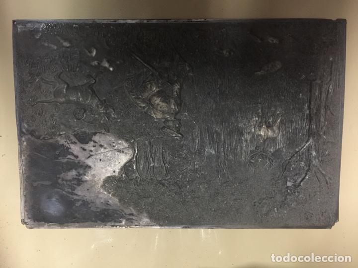 Antigüedades: PLANCHA DE PLATA. REPUJADA. - Foto 4 - 62812372