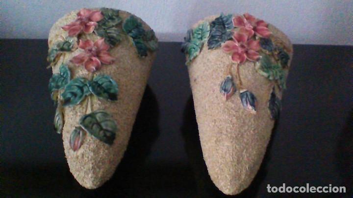 Antigüedades: BONITA PAREJA DE MACETEROS PARA COLGAR. 35 CM. DE LONGITUD. - Foto 3 - 63092352
