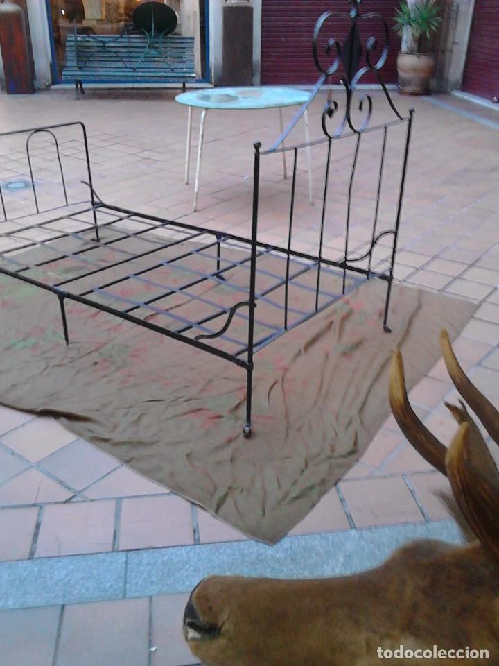 Antigüedades: Cama de hierro - Foto 2 - 63133804