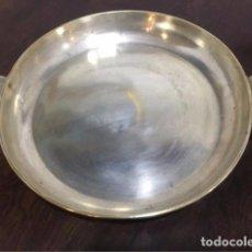 Antigüedades: BANDEJA GRANDE DE ALPACA ASAS DE CONCHA. Lote 63171356