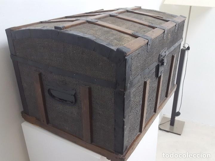 ANTIGUA ARCA O BAÚL. (Antigüedades - Muebles Antiguos - Baúles Antiguos)
