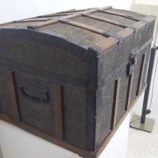 Antigüedades: ANTIGUA ARCA O BAÚL.. Lote 63180040