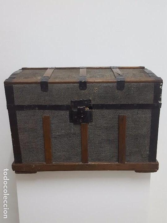 Antigüedades: Antigua arca o baúl. - Foto 2 - 63180040