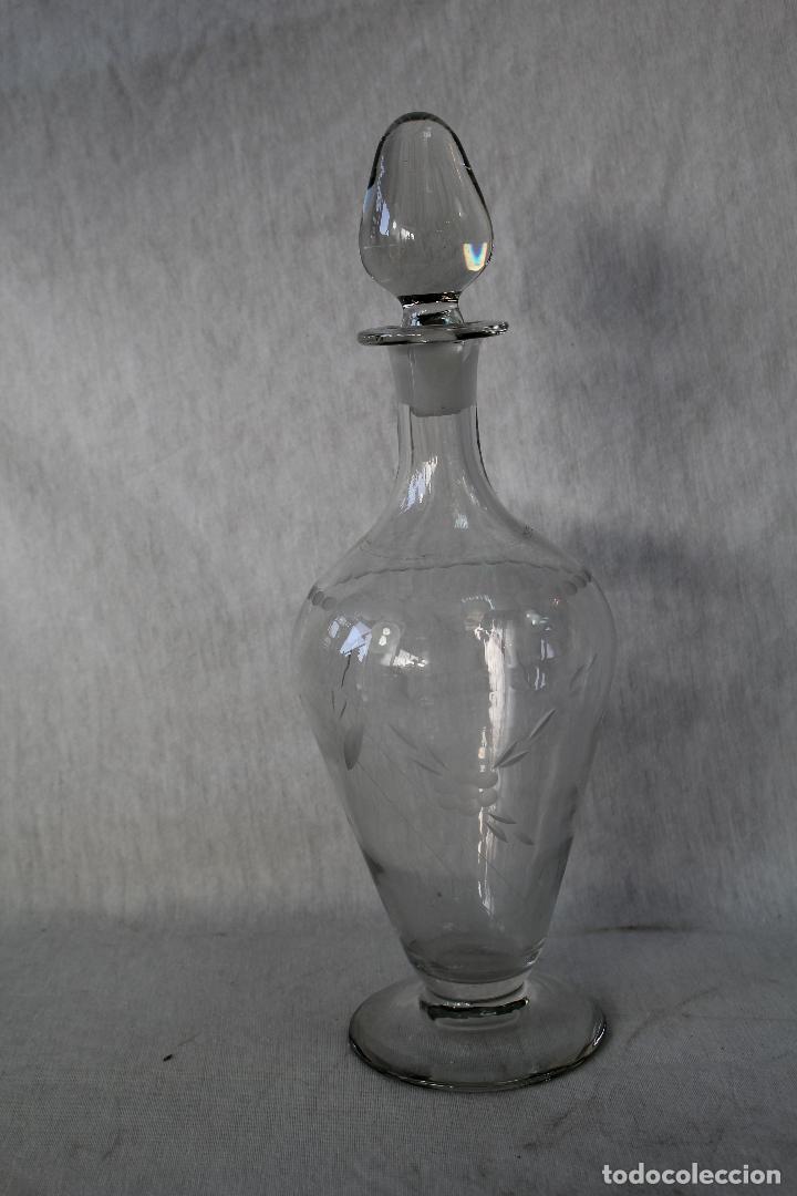 Antigüedades: botella licorera en cristal de santa lucia - cartagena - Foto 2 - 63284044