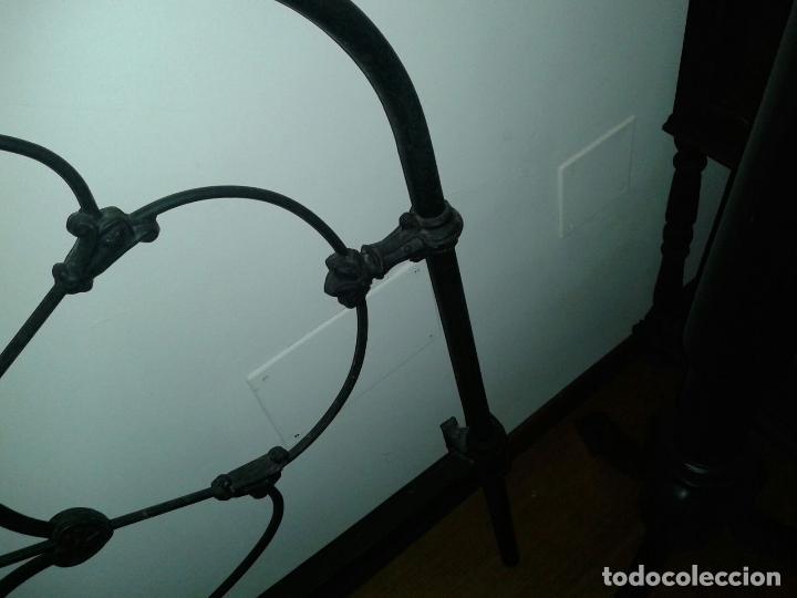 Antigüedades: cabezal cama de hierro - Foto 5 - 63289888