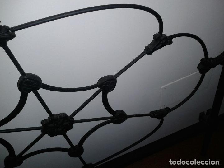 Antigüedades: cabezal cama de hierro - Foto 8 - 63289888
