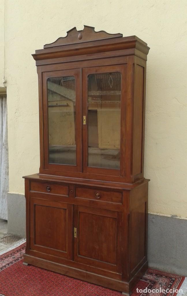 Antigüedades: Vitrina antigua estilo isabelino. Mueble librero antiguo Vitrina librería estentería alacena antigua - Foto 16 - 194156217