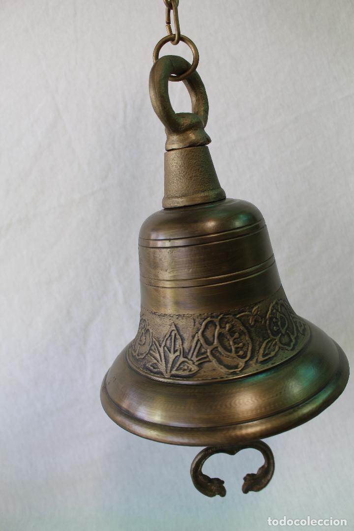 Antigüedades: campana en hierro fundido y color dorado envejecido - Foto 2 - 161822736